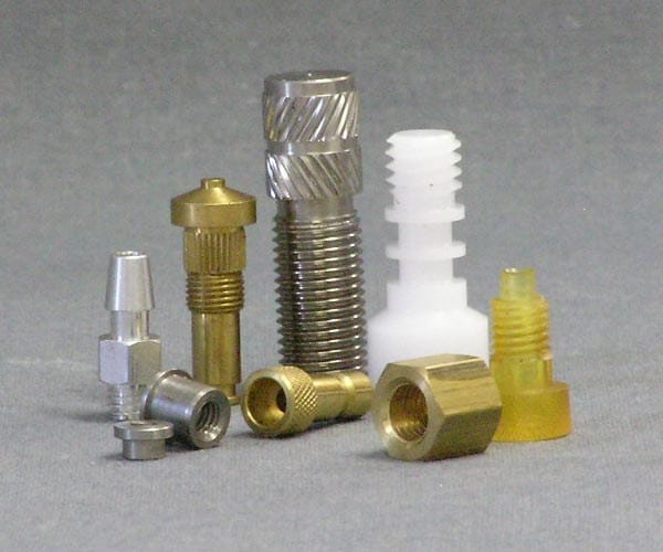 Custom Screws and Fasteners Manufacturing